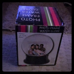 Brand New Boxed Photo Frame Water Globe
